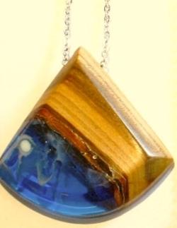 Necklace - Lareg fan shaped pendant, Apricot wood, opaque white and royal blue resin