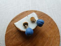 Earrings - Shell Gold Kidney Wire - Indigo